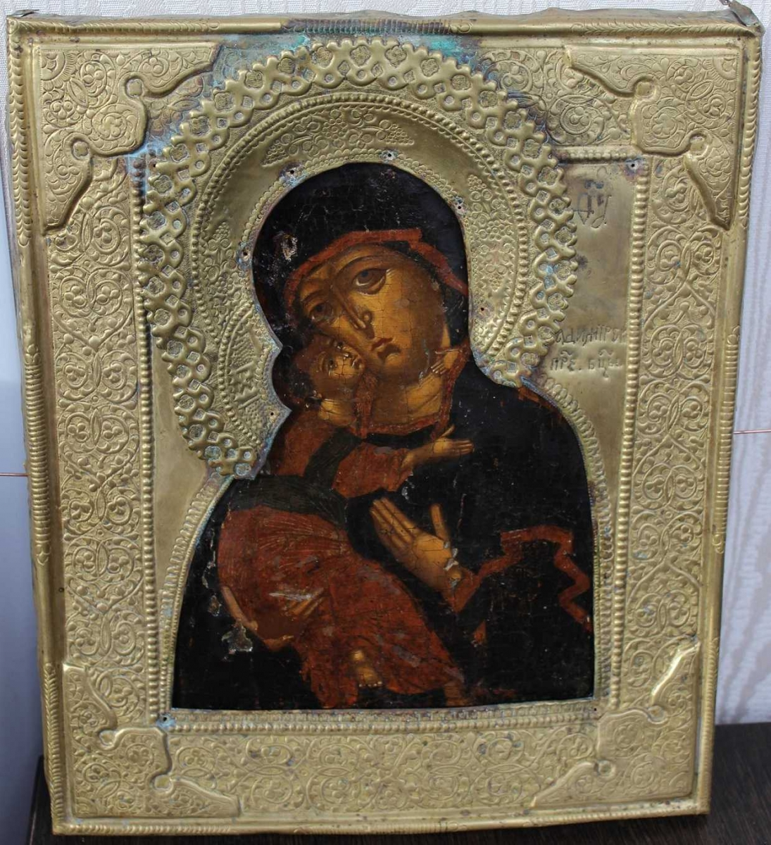 Икона Владимирской Божией Матери. 17 век. Икона и оклад после реставрации.